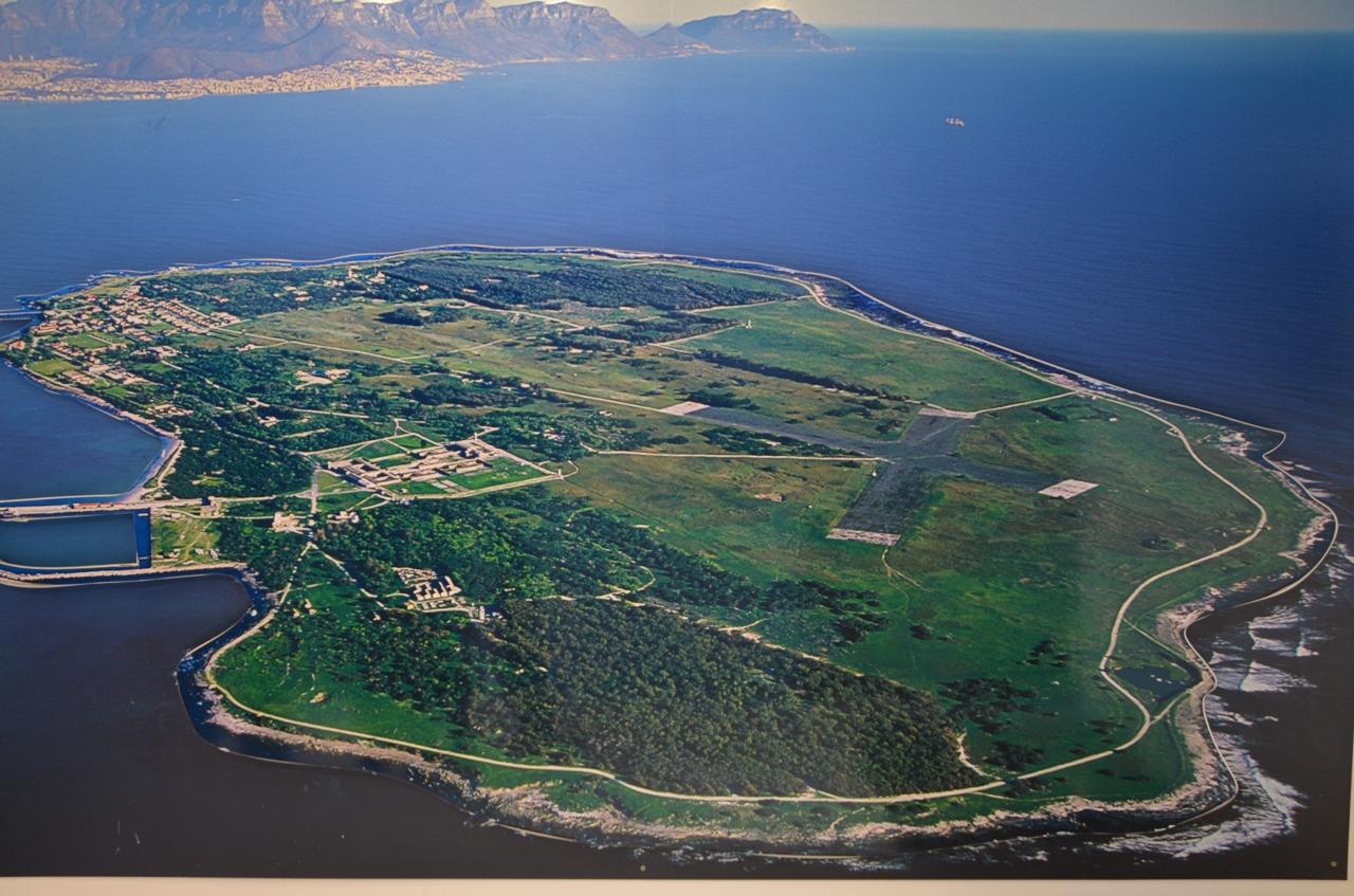 「ロベン島」 人類の負の遺産の証、アパルトヘイトと戦った人々の記録